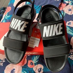 Women's Nike Tanjun Sandal